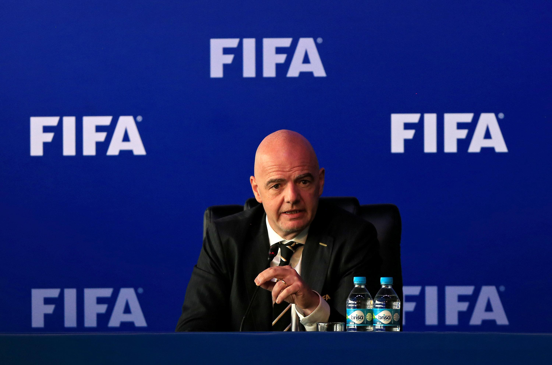 الفيفا تتفقد ملاعب مونديال 2022