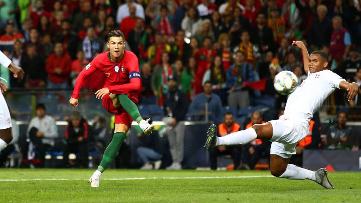 عصبة الأمم الأوروبية: البرتغال الى النهائي بثلاثية لرونالدو
