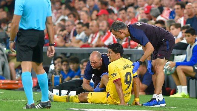 هذه مدة غياب سواريز عن برشلونة