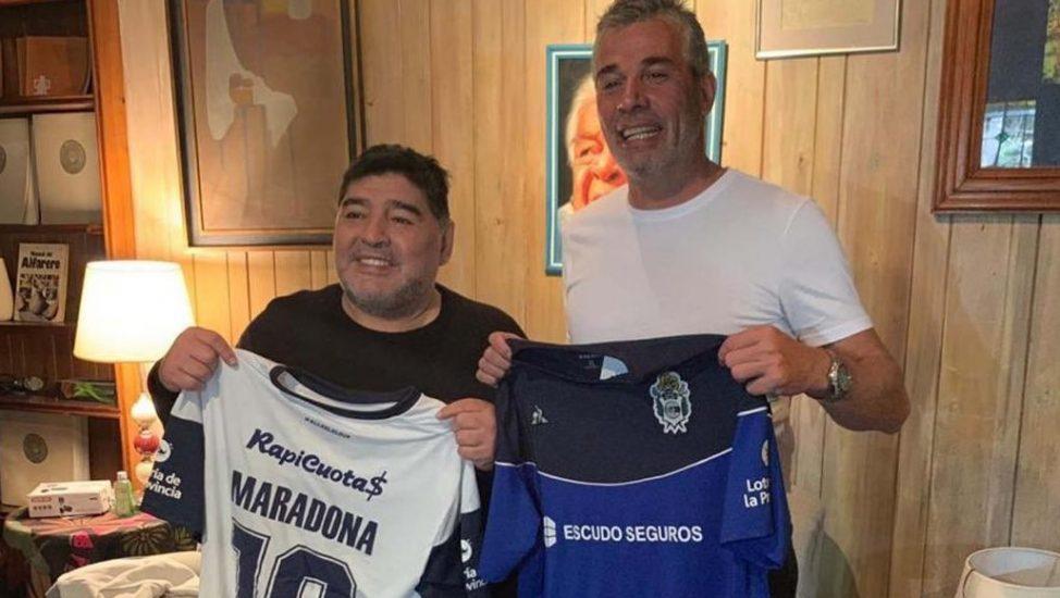 مارادونا يقرر العودة للأرجنتين