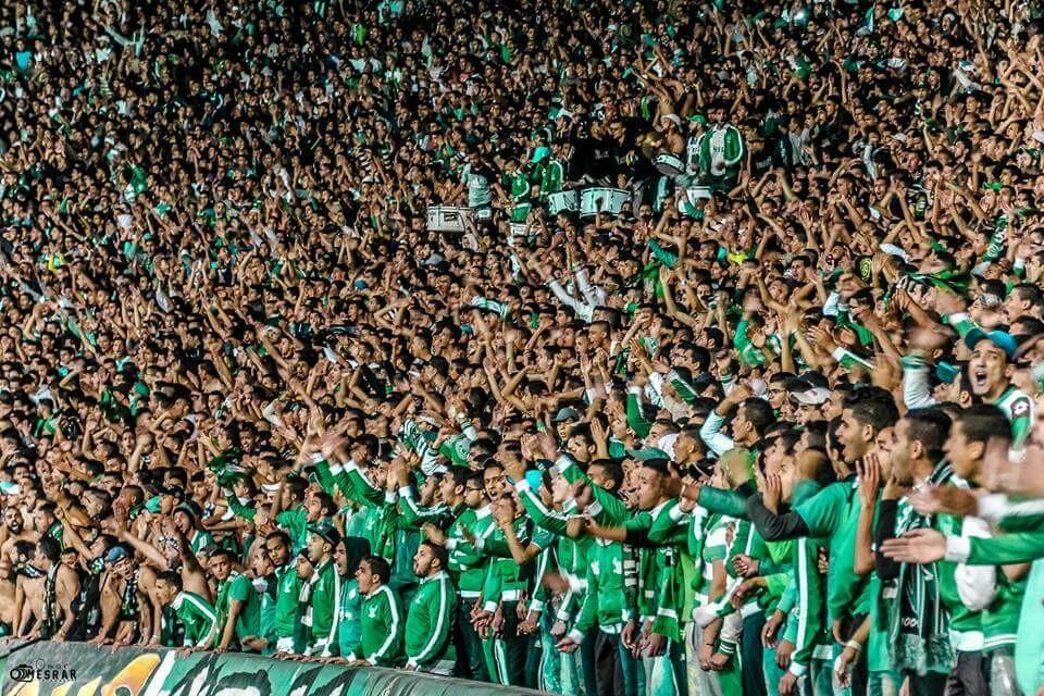جمهور الرجاء يشاغب خارج الملعب وجمهور الزمامرة يفرح بهذا الإنجاز التاريخي
