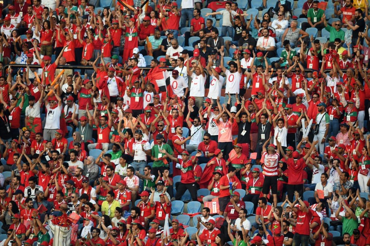 أجواء متميزة واقبال كبير على اقتناء تذاكر المنتخب الوطني