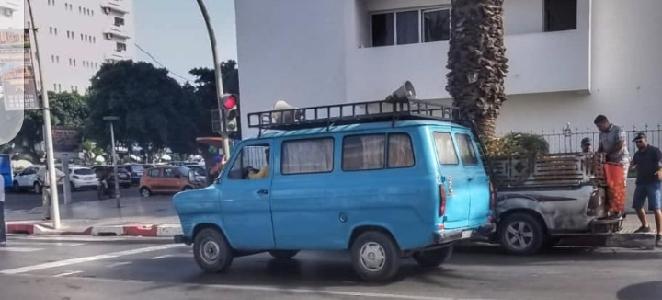 الحسنية: سيارة الإشهار المتهالكة، دلالات عن عجز مادي؟