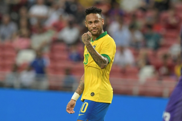 السنغال ترغم البرازيل على التعادل في مئوية نيمار