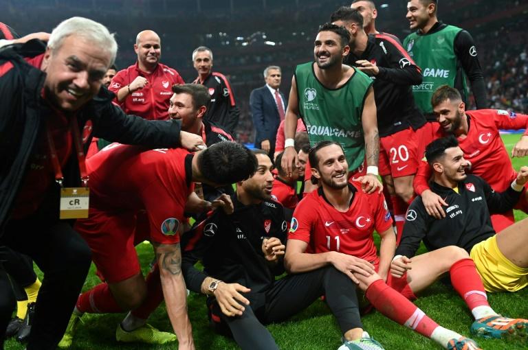 تصفيات كأس اوروبا 2020: تركيا وفرنسا الى النهائيات