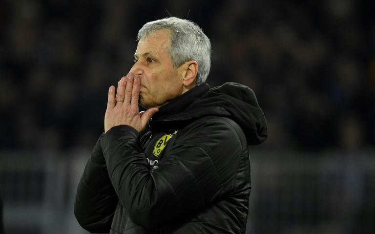 فافر مهدد بالإقالة بعد مواجهة برشلونة