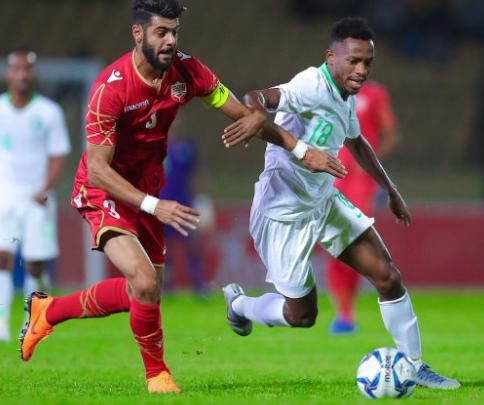 خليجي 24: السعودية تفوز على البحرين وتشعل المنافسة في المجموعة الثانية