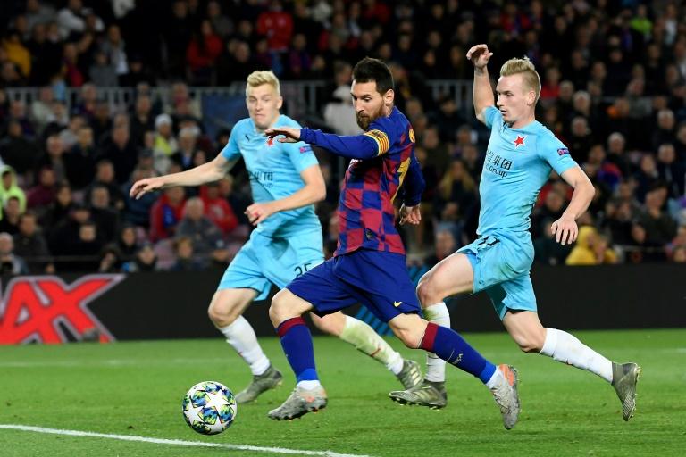 برشلونة يتابع تعثره ويتعادل مع سلافيا براغ