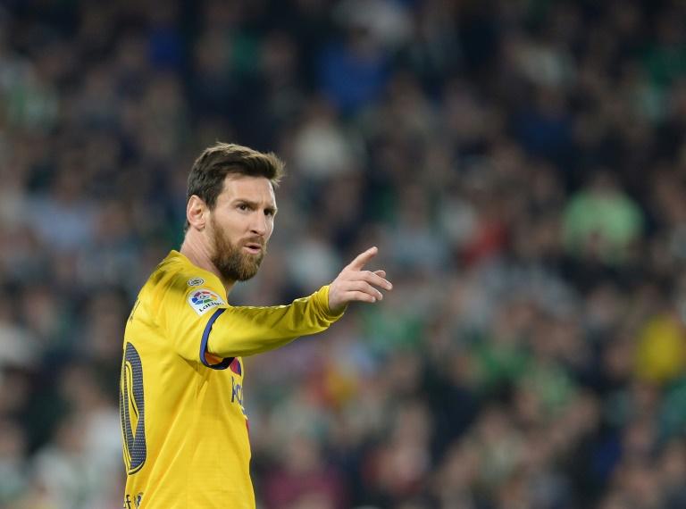 برشلونة ينفي وقوفه خلف انتقاد ميسي ولاعبين آخرين !