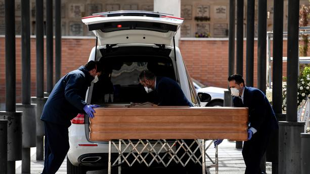 إسبانيا تتخطى الصين في عدد الوفيات والأمم المتحدة تحذر