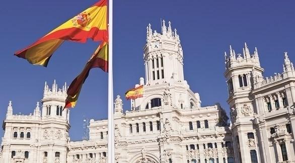 إسبانيا تقرر استئناف استقبال السياح في الصيف وكوڤيد-19 يجتاح أميركا اللاتينية
