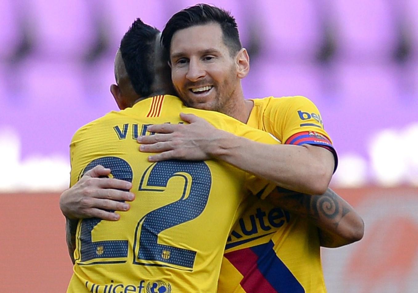 بطولة اسبانيا- برشلونة يفوز بصعوبة على بلد الوليد ويواصل ملاحقة ريال مدريد