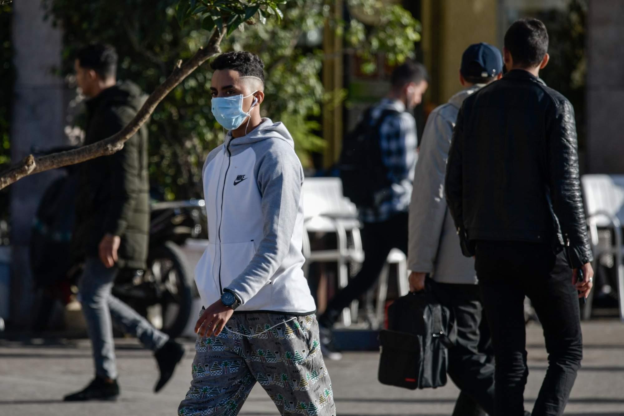 إعادة فرض تدابير العزل في مدينة طنجة المغربية جراء بؤر لكوفيد-19