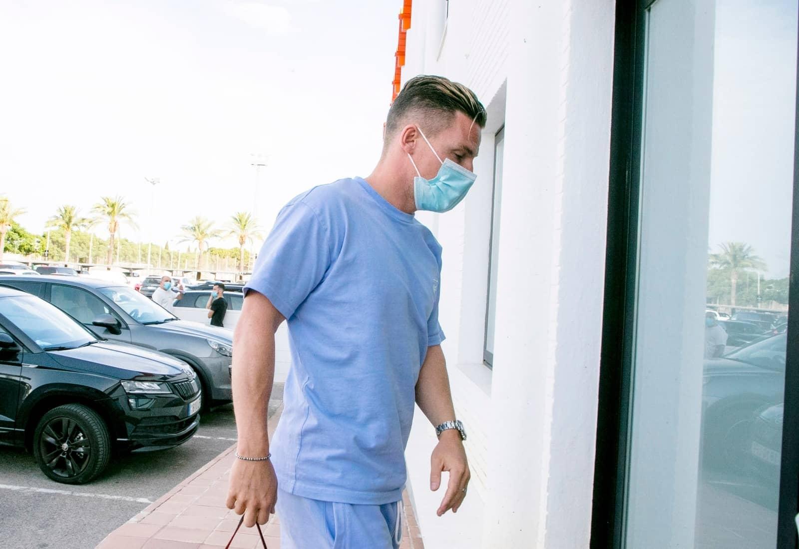 اصابتان بفيروس  كوفيد-19  في صفوف فالنسيا الاسباني