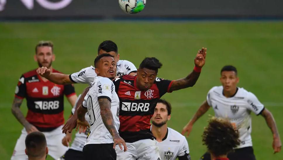 كوڤيد-19  يرخي بظلاله على مالية الأندية البرازيلية