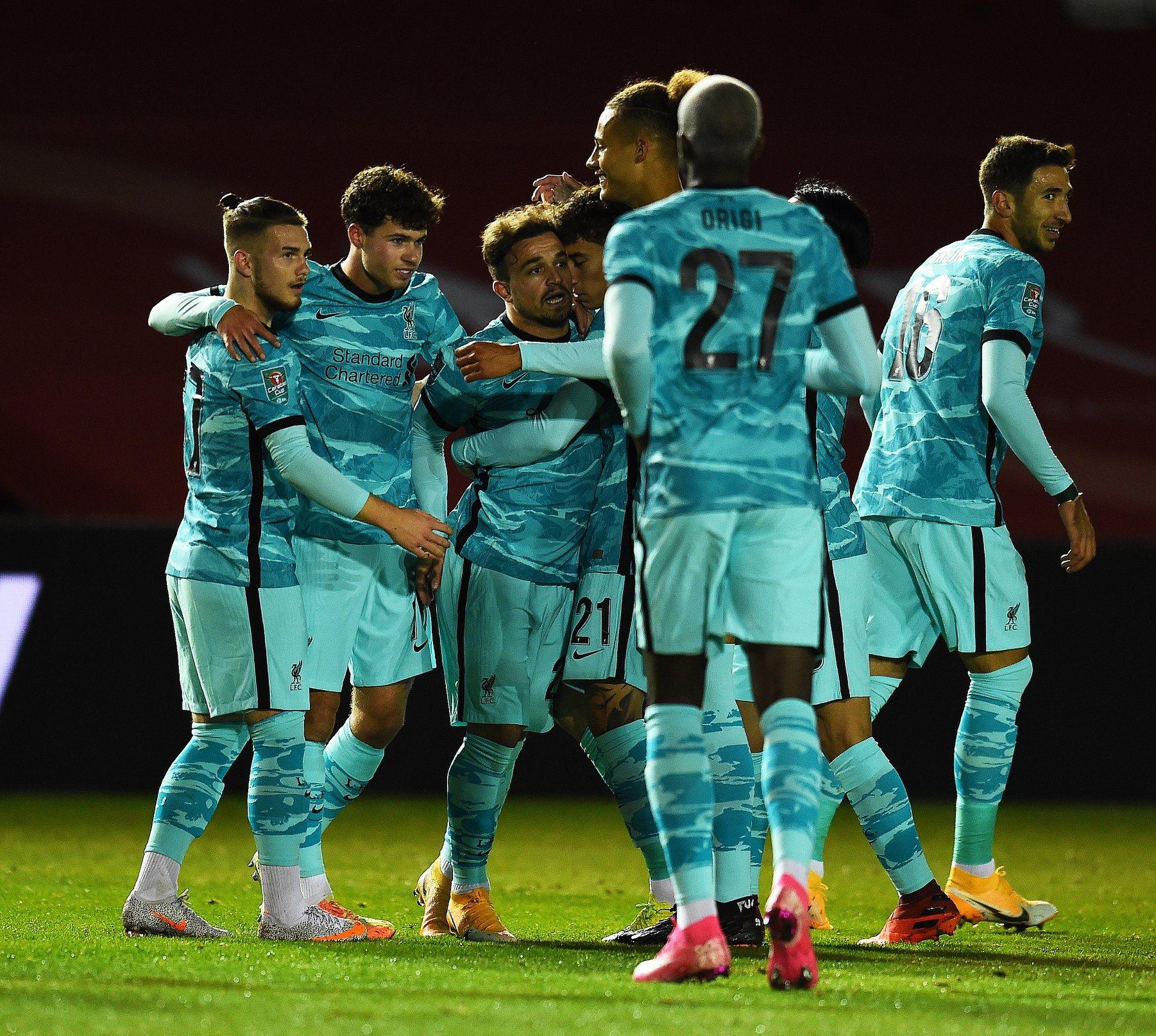 كأس العصبة الانجليزية .. تأهل مانشستر سيتي و ليفربول إلى الدور الرابع