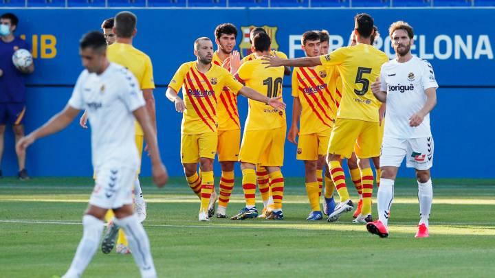 برشلونة بقيادة ميسي يفوز في اول مباراة تجريبية لكومان