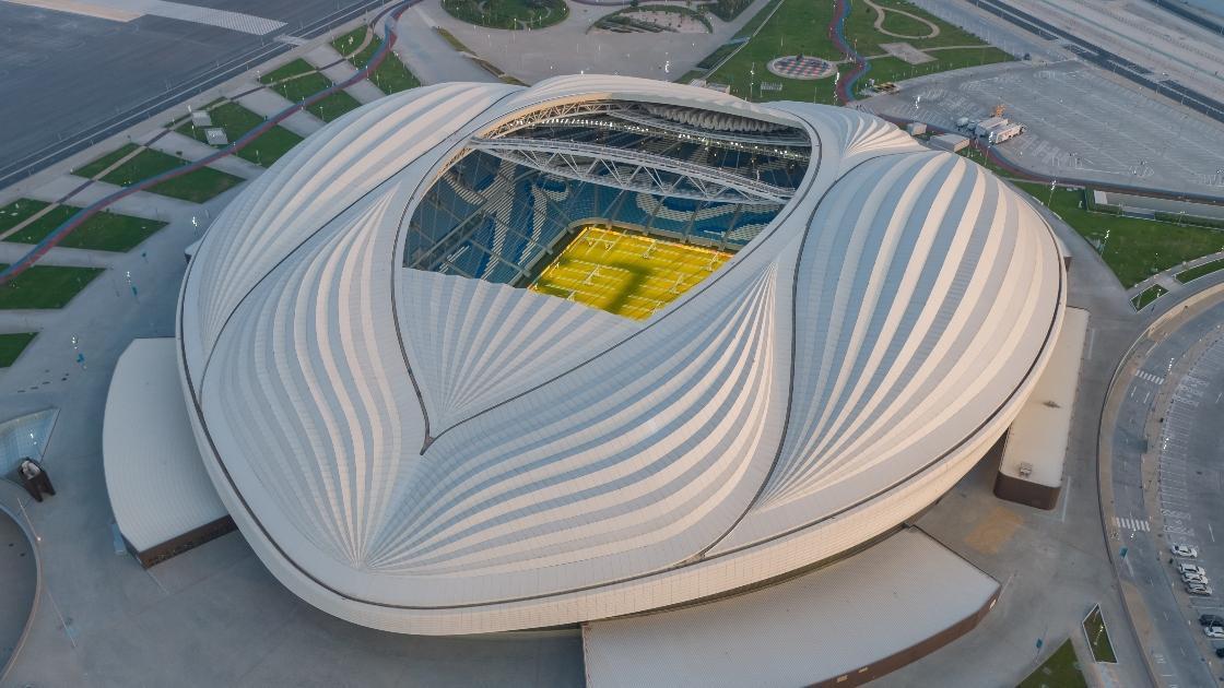 قطر تواصل إبهار العالم بملاعب المونديال