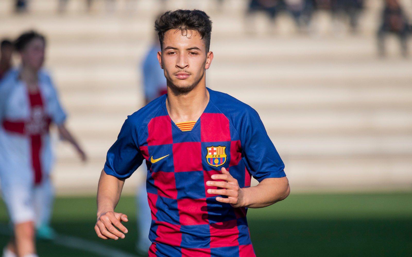 نجم برشلونة الصاعد في لائحة المنتخب الوطني