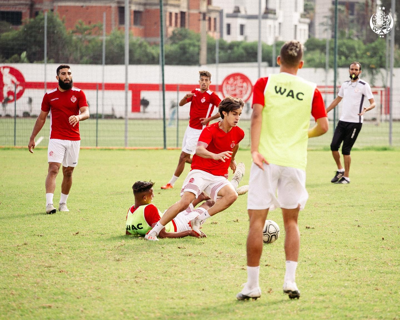 9 لاعبين لم يرافقوا الوداد إلى مراكش