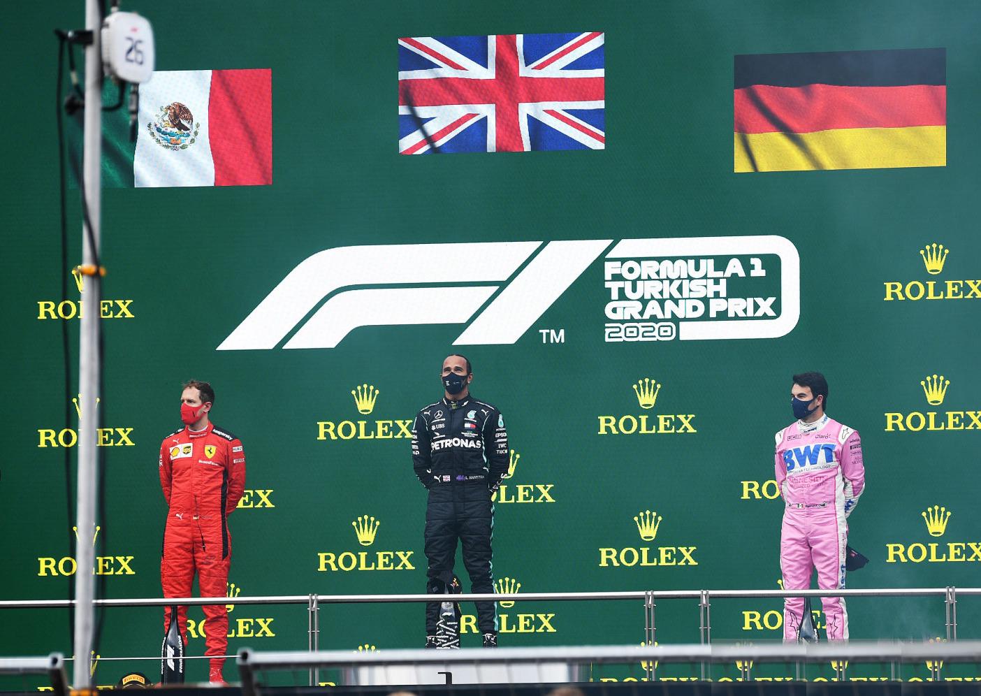 فورمولا 1: البريطاني لويس هاميلتون يتوج بجائزة تركيا الكبرى و ينال لقبه العالمي السابع