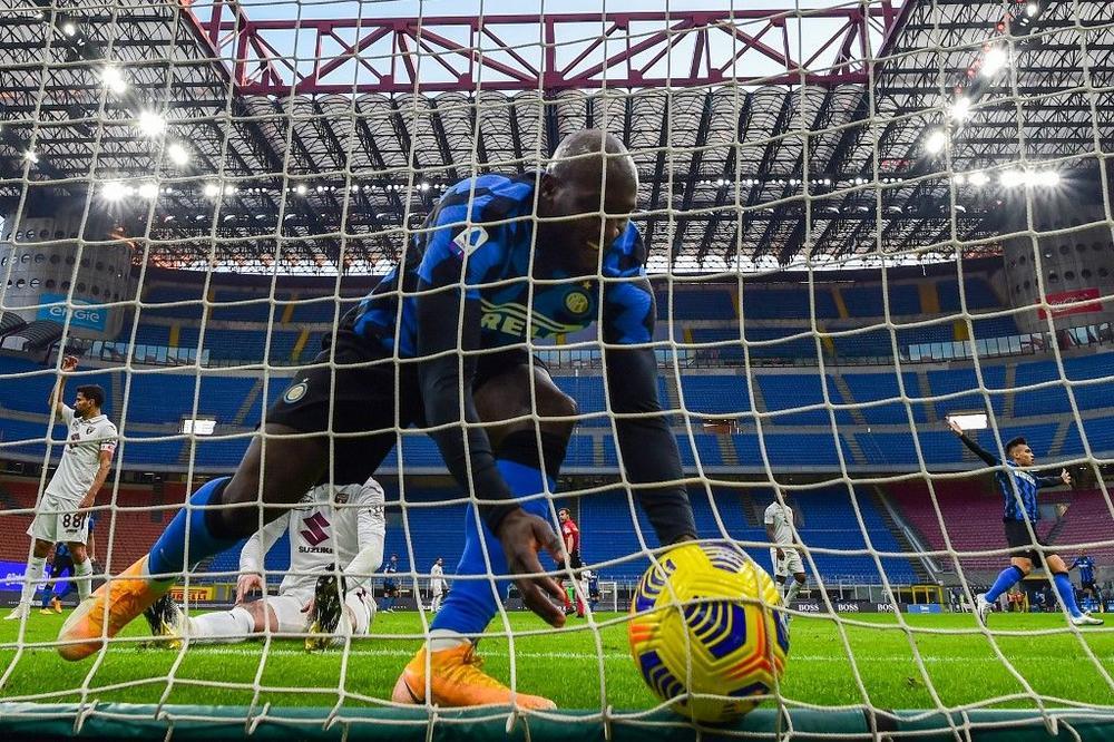 إنتر ميلان خسر أكثر من 100 مليون يورو في الموسم الماضي بسبب كورونا