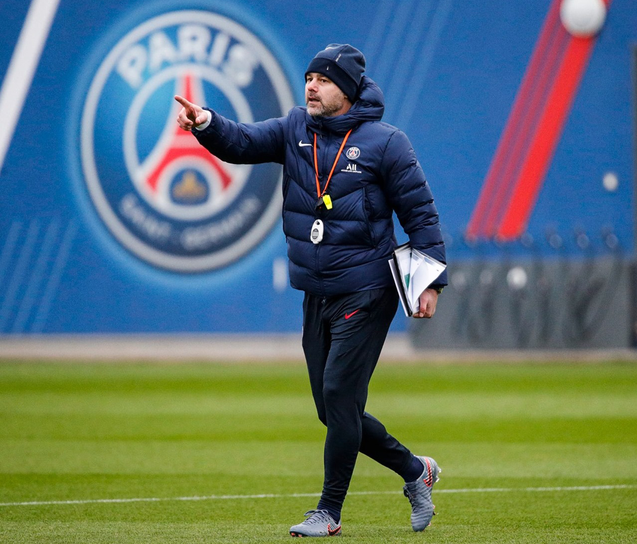 بوتشيتينو يرغب في إعادة نجم مانشستر يونايتد الى البطولة الفرنسية