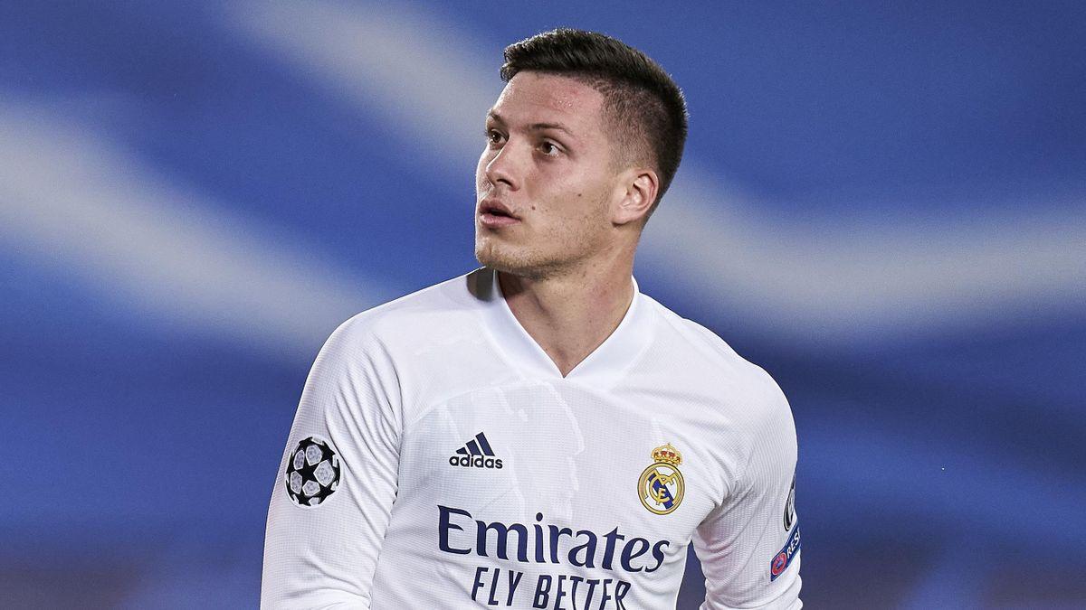 ريال مدريد يُعير مهاجمه الصربي لوكا يوفيتش إلى آينتراخت فرانكفورت