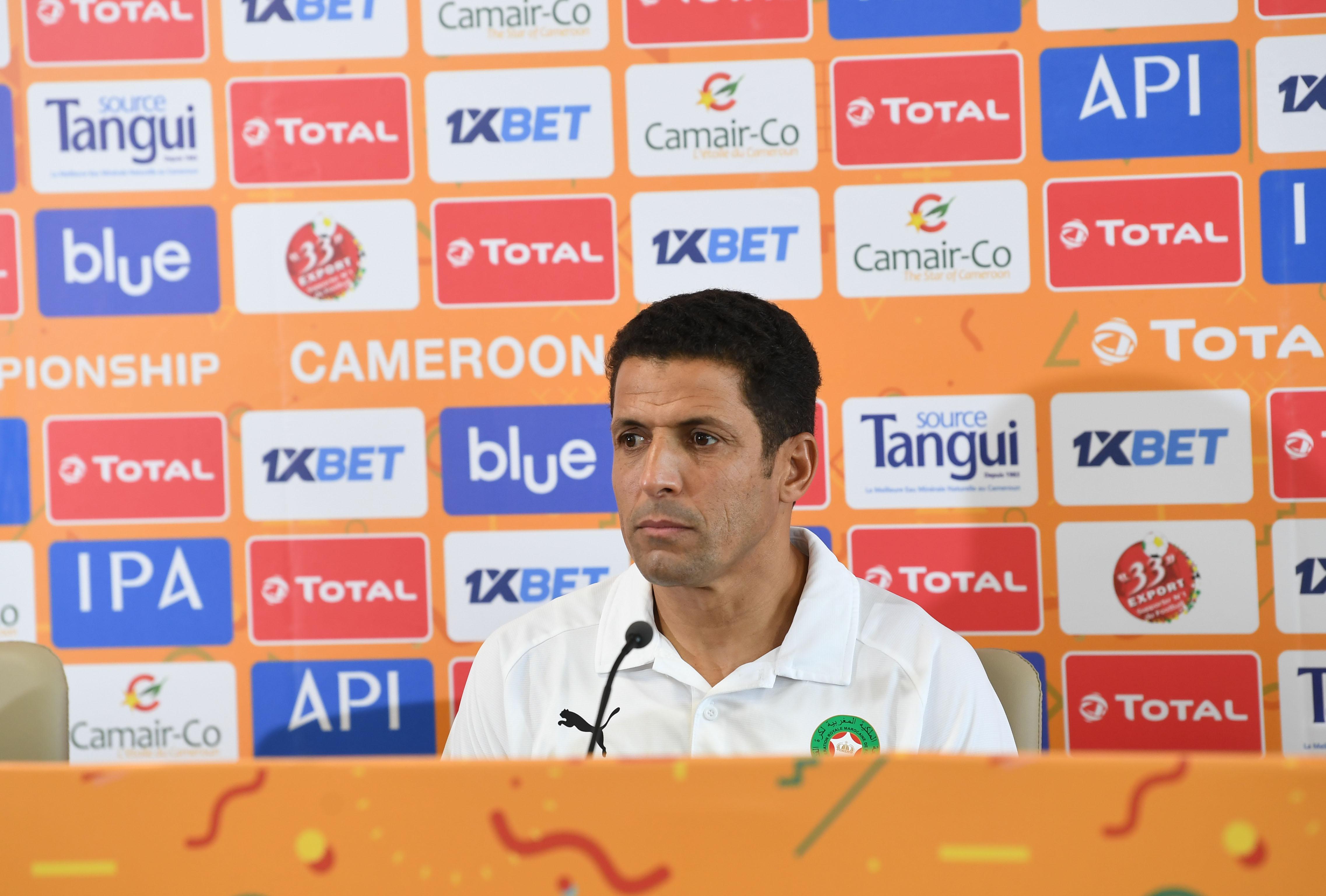 عموتة: حذرت اللاعبين من المنتخب الرواندي