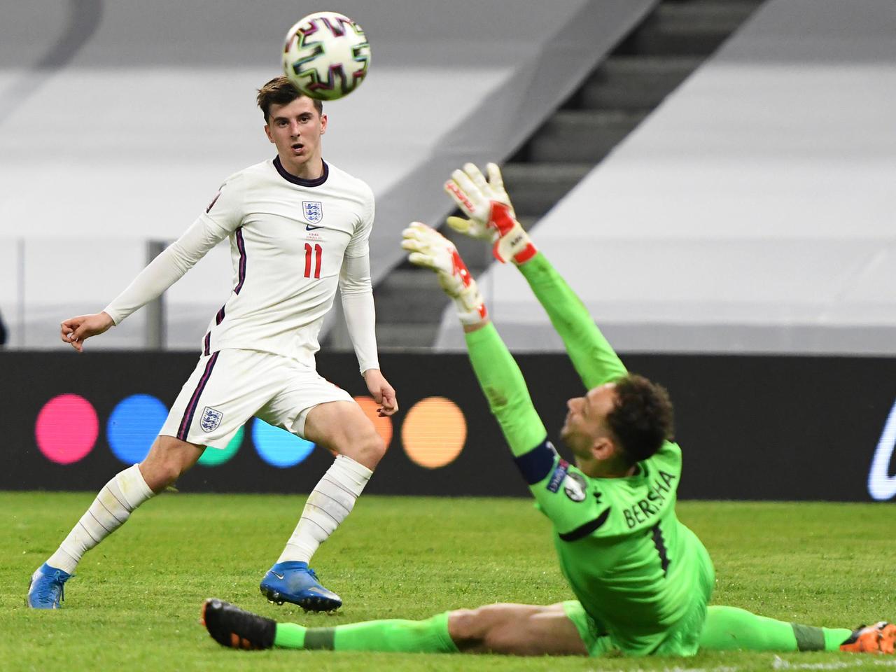 مدرب إنجلترا: ماونت لاعب استثنائي