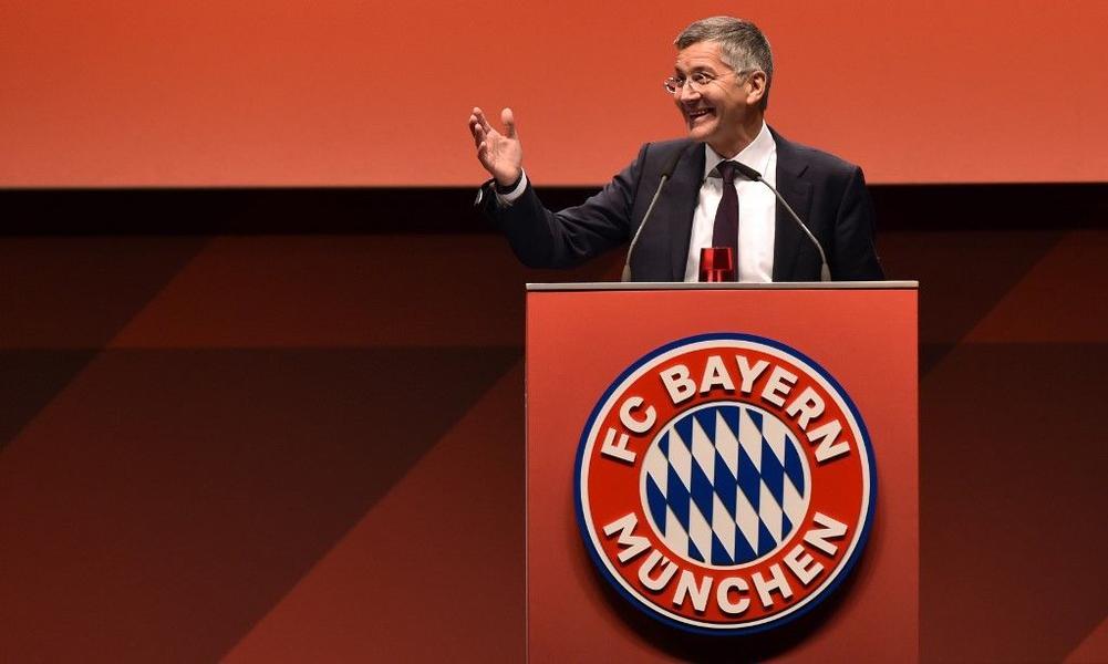 رئيس بايرن ميونيخ يستبعد إبرام صفقات ضخمة في الصيف
