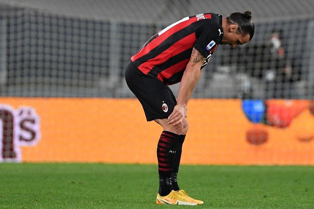 إصابة إبراهيموفيتش في ركبته قبل شهر على انطلاق يورو 2020