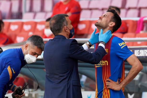 نادي برشلونة يعلن إصابة لاعبه بوسكيتس
