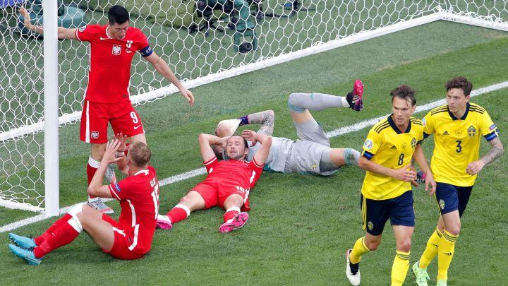 كأس أوروبا: فورسبرغ وبديله كلايسون يقودان السويد لحسم صدارة المجموعة الخامسة