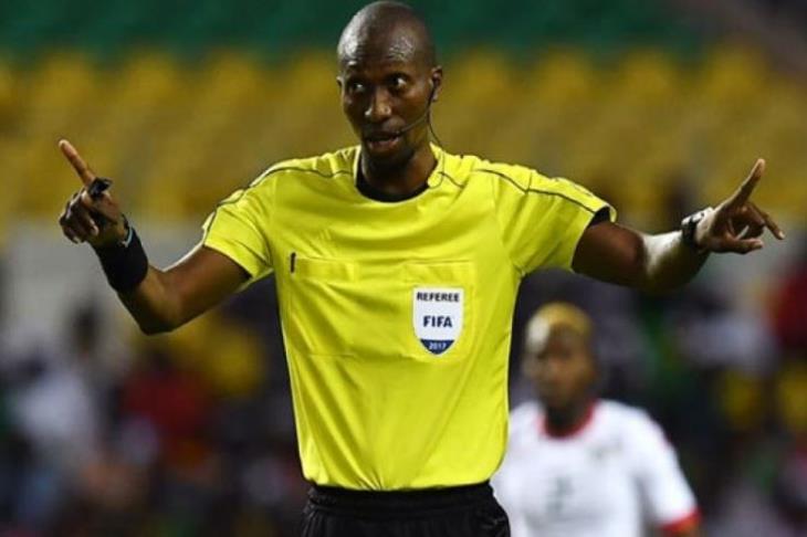 حكم سينغالي يقود مباراة الوداد وكايزر الجنوب أفريقي