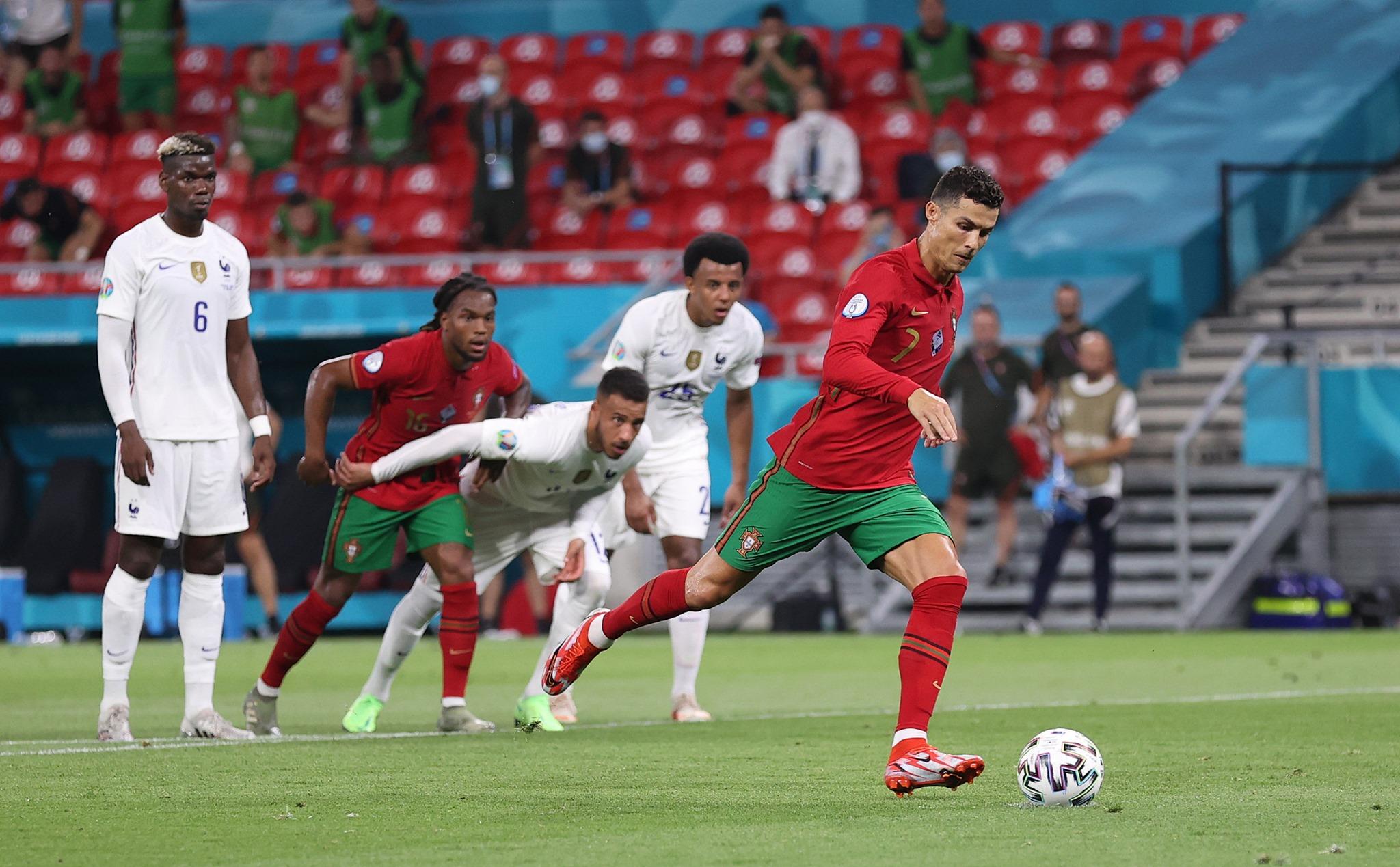 كأس أوروبا: رونالدو يعادل الرقم القياسي في عدد الاهداف الدولية للإيراني علي دائي