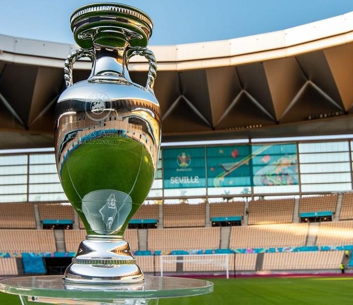 كأس الأمم الأوروبية 2020 .. طرفا مباراة الافتتاح محصنان ضد كوفيد -19