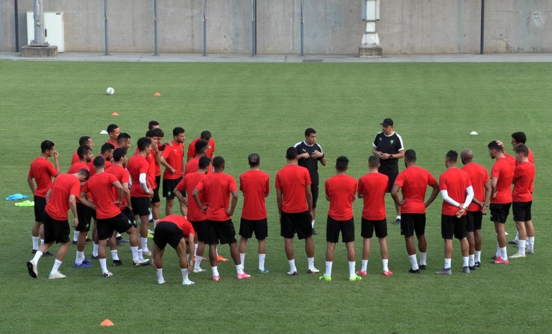 المنتخب الوطني الرديف يواجه فريقا ثانيا من البطولة