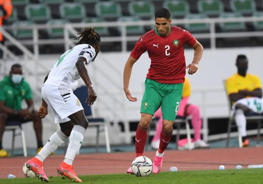 أخبار سوق الإنتقالات أثرت على مردود لاعبي المنتخب المغربي..كيف ذلك؟