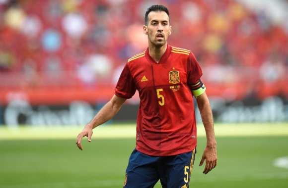 كأس أوروبا.. بوسكتس يغادر المعسكر التدريبي لمنتخب اسبانيا لإصابته بفيروس كورونا