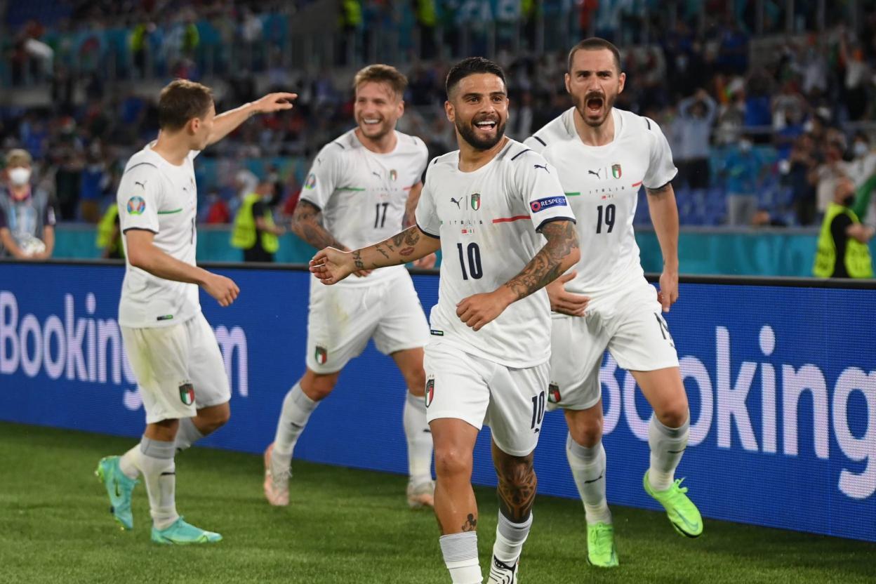 إيطاليا تفتتح البطولة بثلاثية في مرمى تركيا