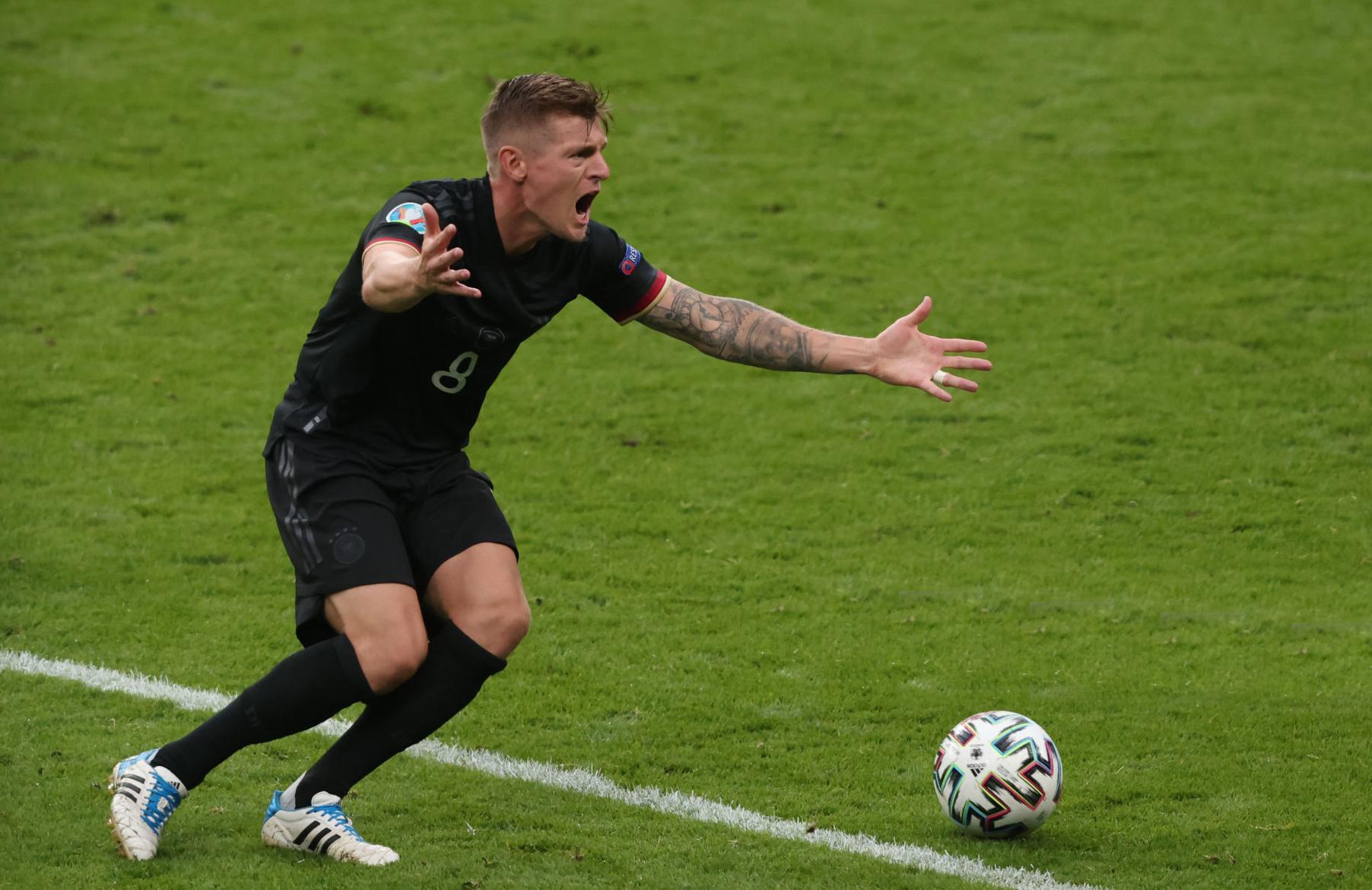 الألماني كروس يقرر الاعتزال دوليا للتركيز على مسيرته مع الريال
