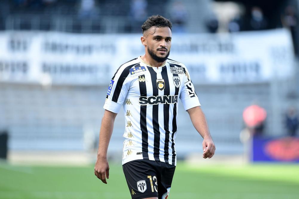 لاعبان تريد الجماهير المغربية عودتهما لصفوف المنتخب الوطني