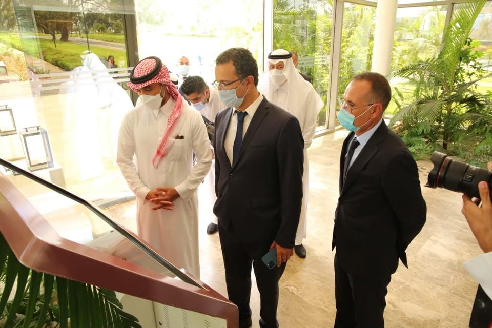 رئيس الإتحاد العربي أعجب بمركب محمد السادس لكرة القدم