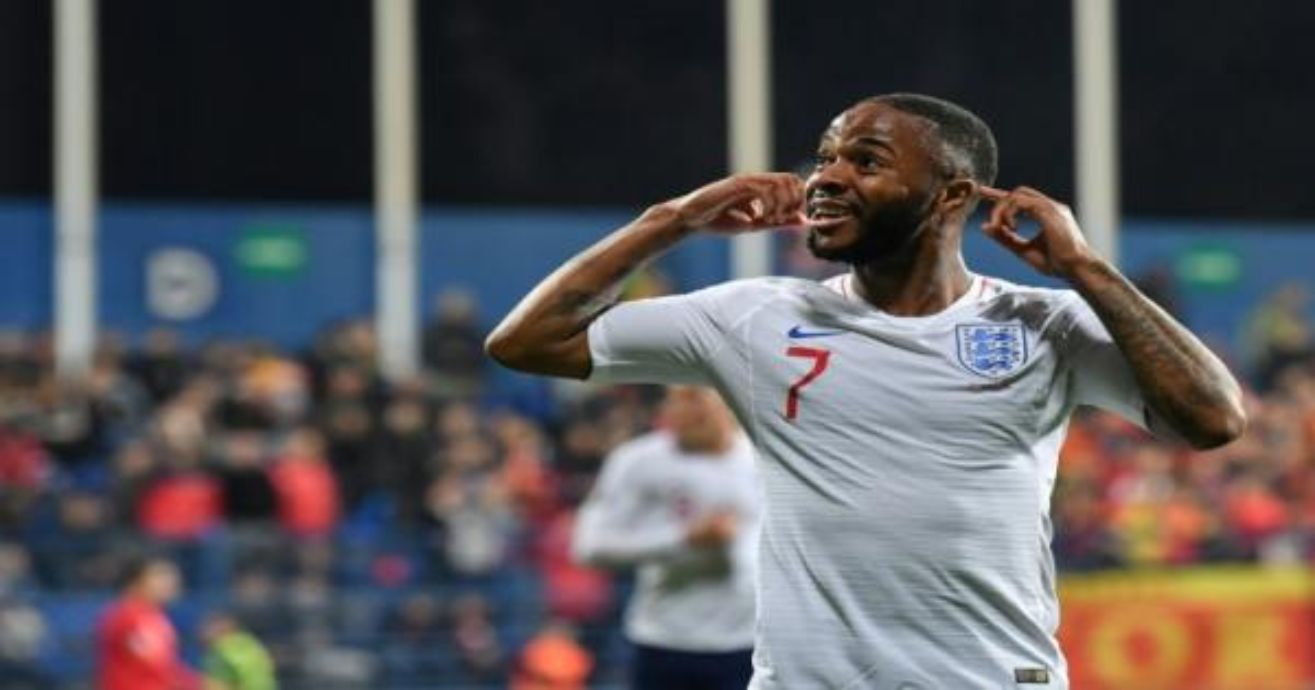 لاعبون في الدوري الإنكليزي يقاطعون مواقع التواصل 24 ساعة رفضا للعنصرية