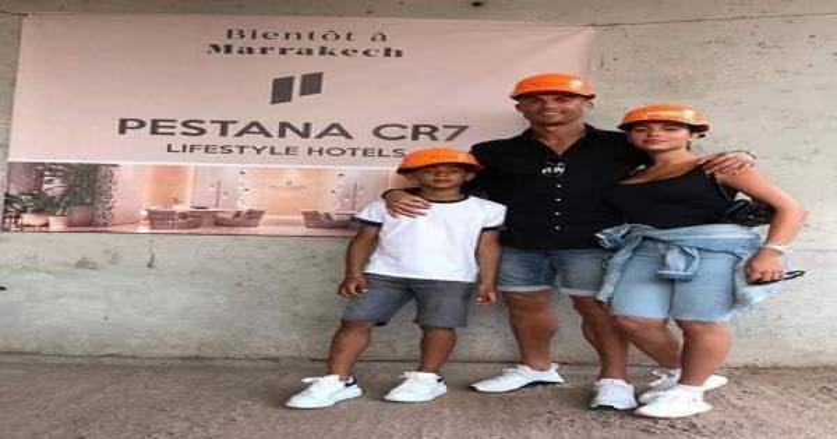 رونالدو زار ورش بناء فندقه بمراكش